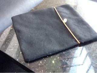impromptu iPad pouch
